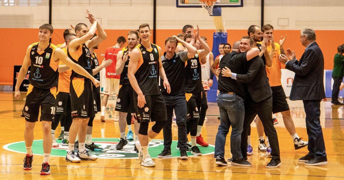 Pärnu korvpallitiim mängib Eesti meistrivõistluste finaalis!