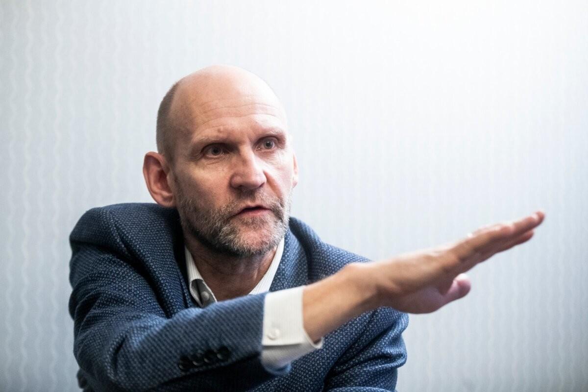 Isamaa viskab parteisse kahtlaste meetoditega 400 liiget toonud Madis Süti välja