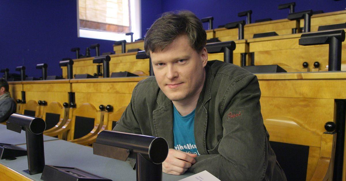 Karl Martin Sinijärv soovitab: ebatavaliselt hea luuleraamat