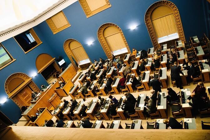 """Kell 21.40 """"Esimeses stuudios"""" suur parlamendierakondade debatt"""