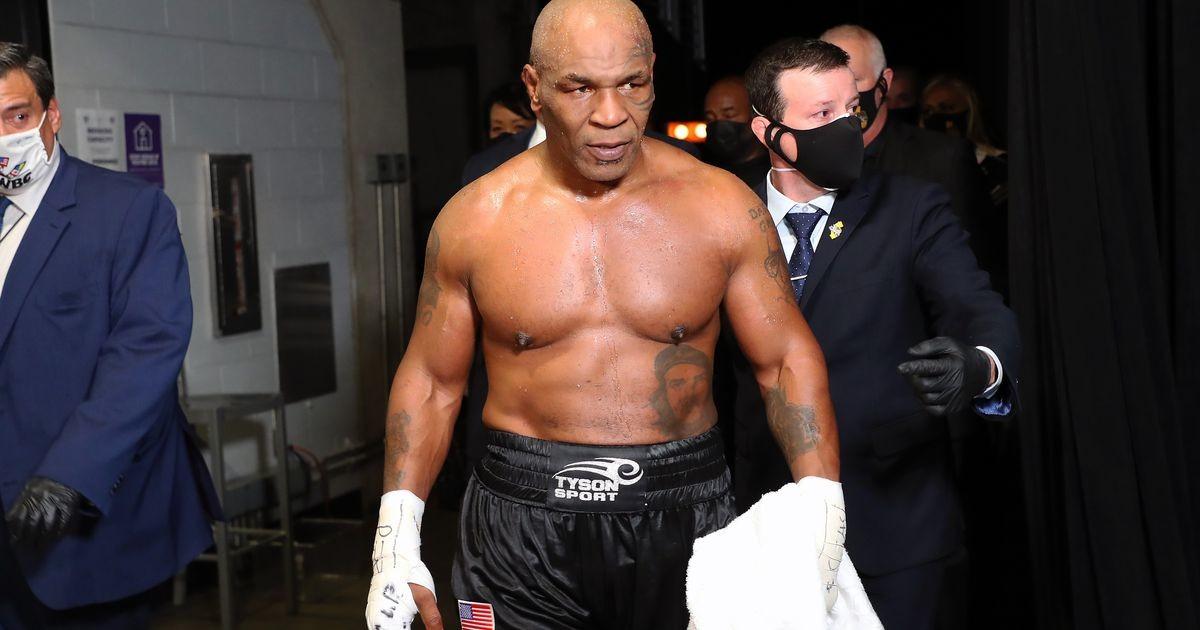 Poksitšempion on valmis meistrivöö mängu panema, et Tysoniga vastamisi minna