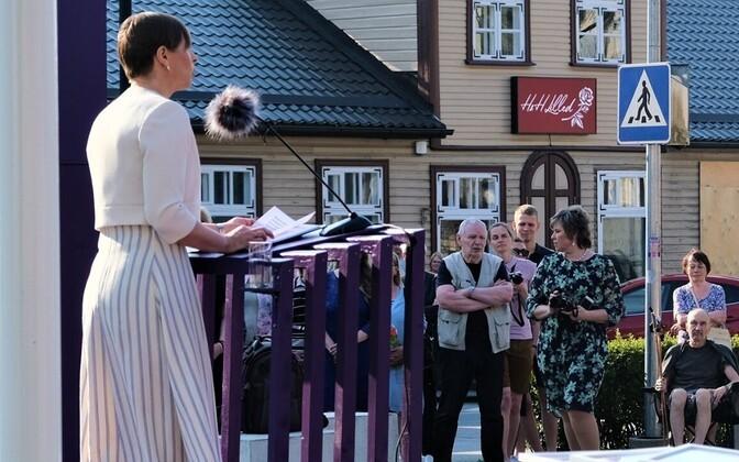 Kersti Kaljulaid: ümbrikupalga saaja peaks arsti juurde minnes häbenema