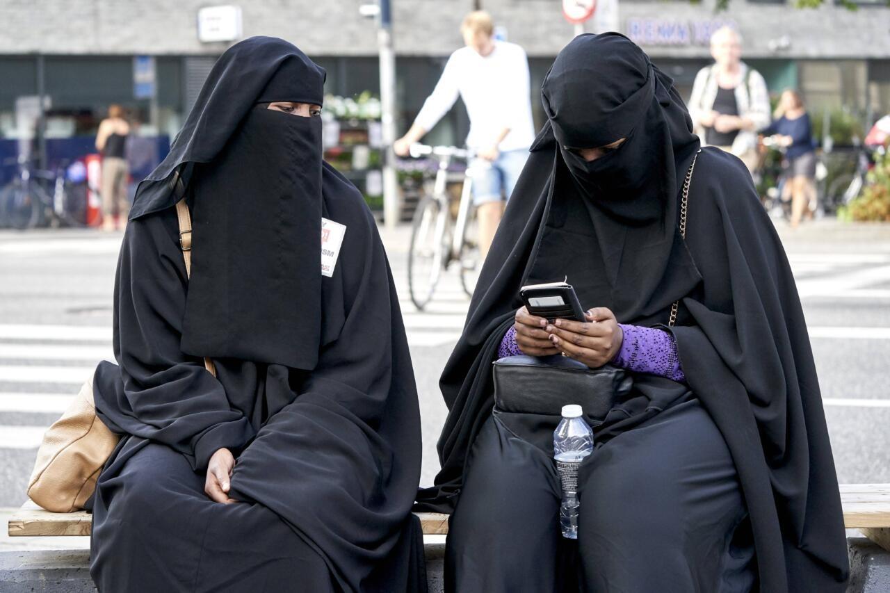 Šveitslased toetasid referendumil burkakeelu kehtestamist