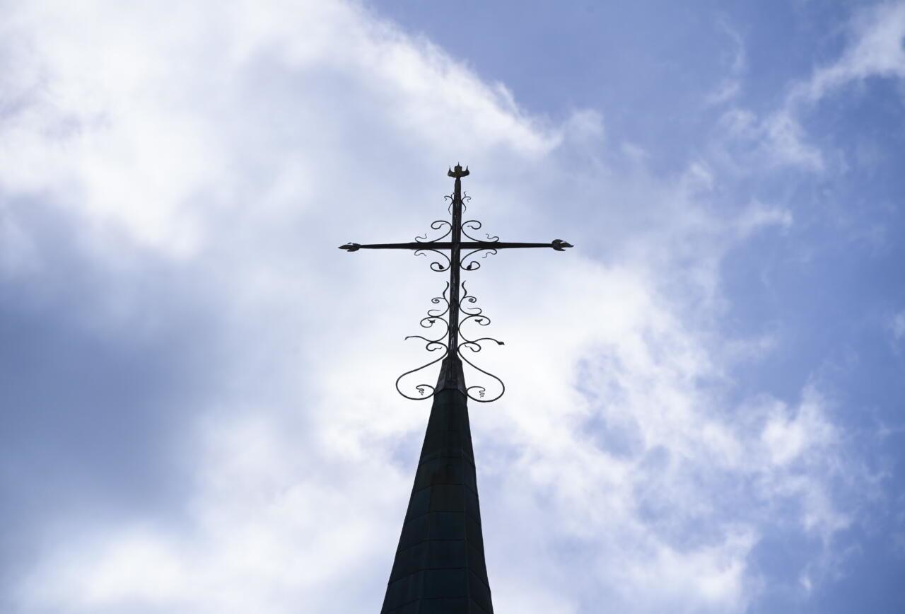 Skandaalse Annika Laatsi kogudus käib Eesti riigiga kohut