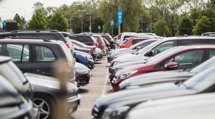 Täna on Tallinnas tasuta parkimise päev!