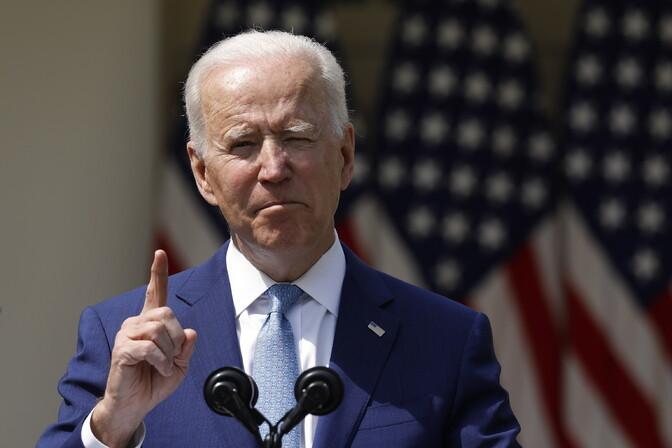 Biden kutsus keelustama eraisikutele automaatrelvade müüki