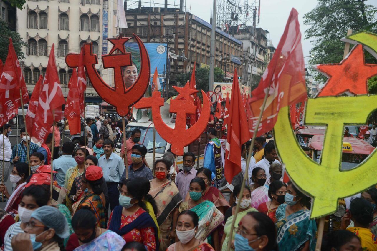 Uskumatu uudis Indiast: Sotsialism võtab naise, Kommunism ja Leninism on pulma kutsutud