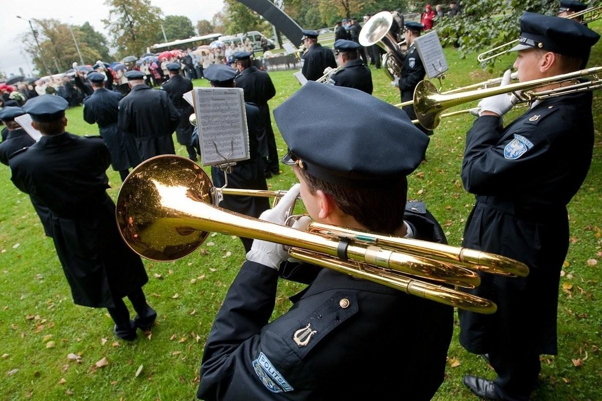 Politseiorkester jätkab Tallinna politseiorkestrina, kedagi ei koondata
