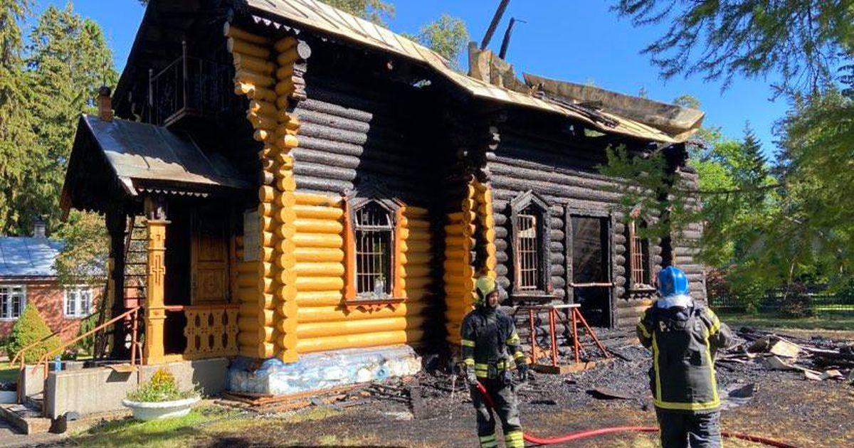 Kolmandat  korda süüdatud Narva-Jõesuu kirik hävis tules