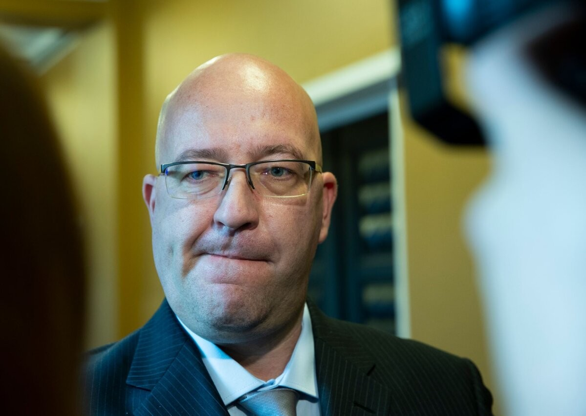 Eksminister MESi kahtlasest rahajagamisest: minister otsustesse ei sekku