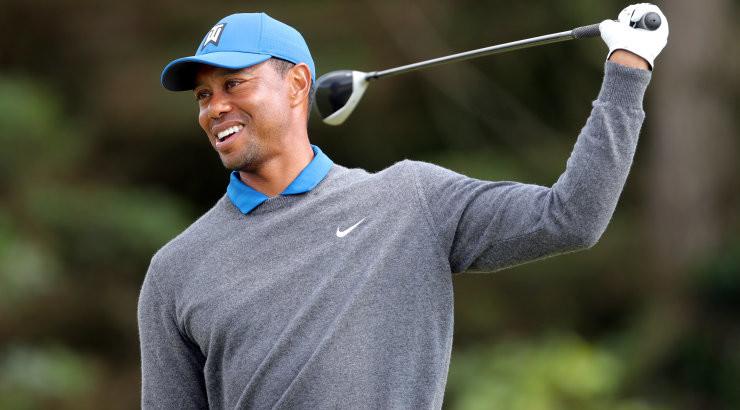 FOTO | Tiger Woods sai autoavariis raskelt vigastada, golfilegend tuli autost välja lõigata