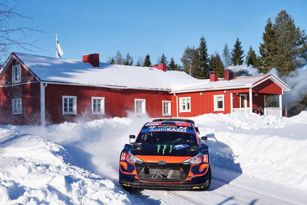 Oliver Solberg pääseb taas WRC auto rooli Sardiinias
