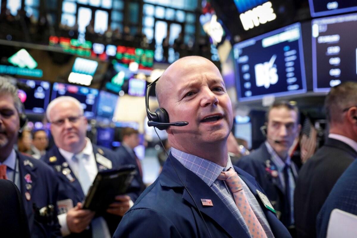 Börs: tehnoloogiasektori hiiud vedasid turge alla