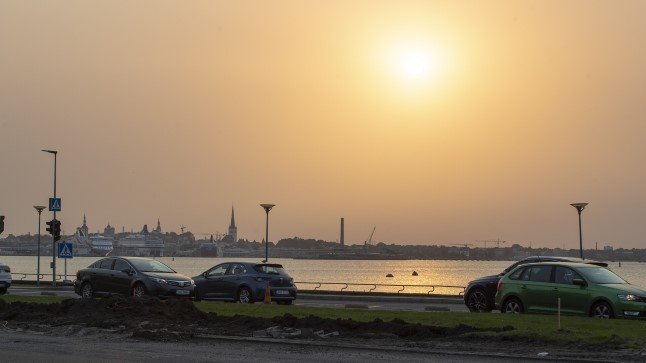 Õhukvaliteet on Kesk-Aasiast tulnud tolmu tõttu nii halb, et keskkonnaministeerium soovitab kanda maski