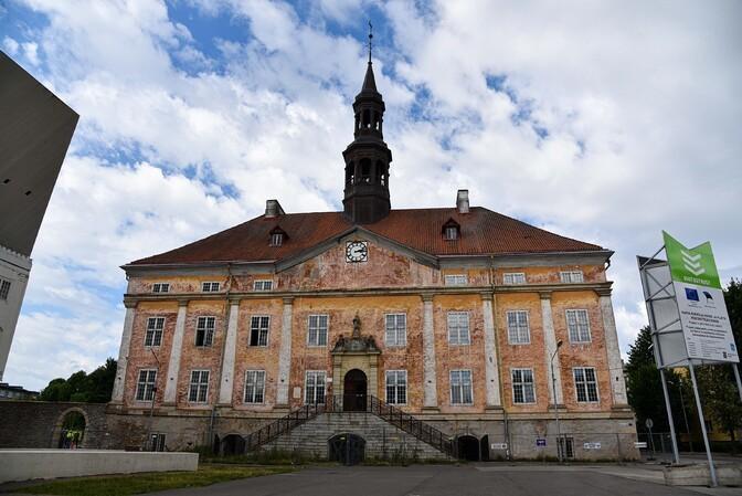 Narvas algas raekoja renoveerimine