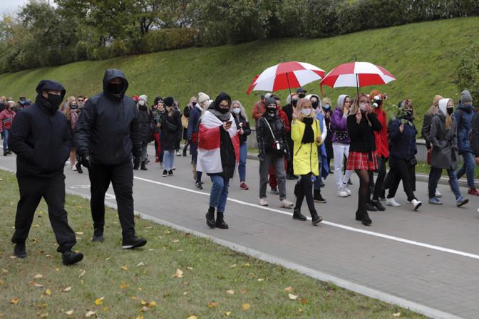 Valgevene protestiaktsioonidel peeti kinni ligi 40 inimest