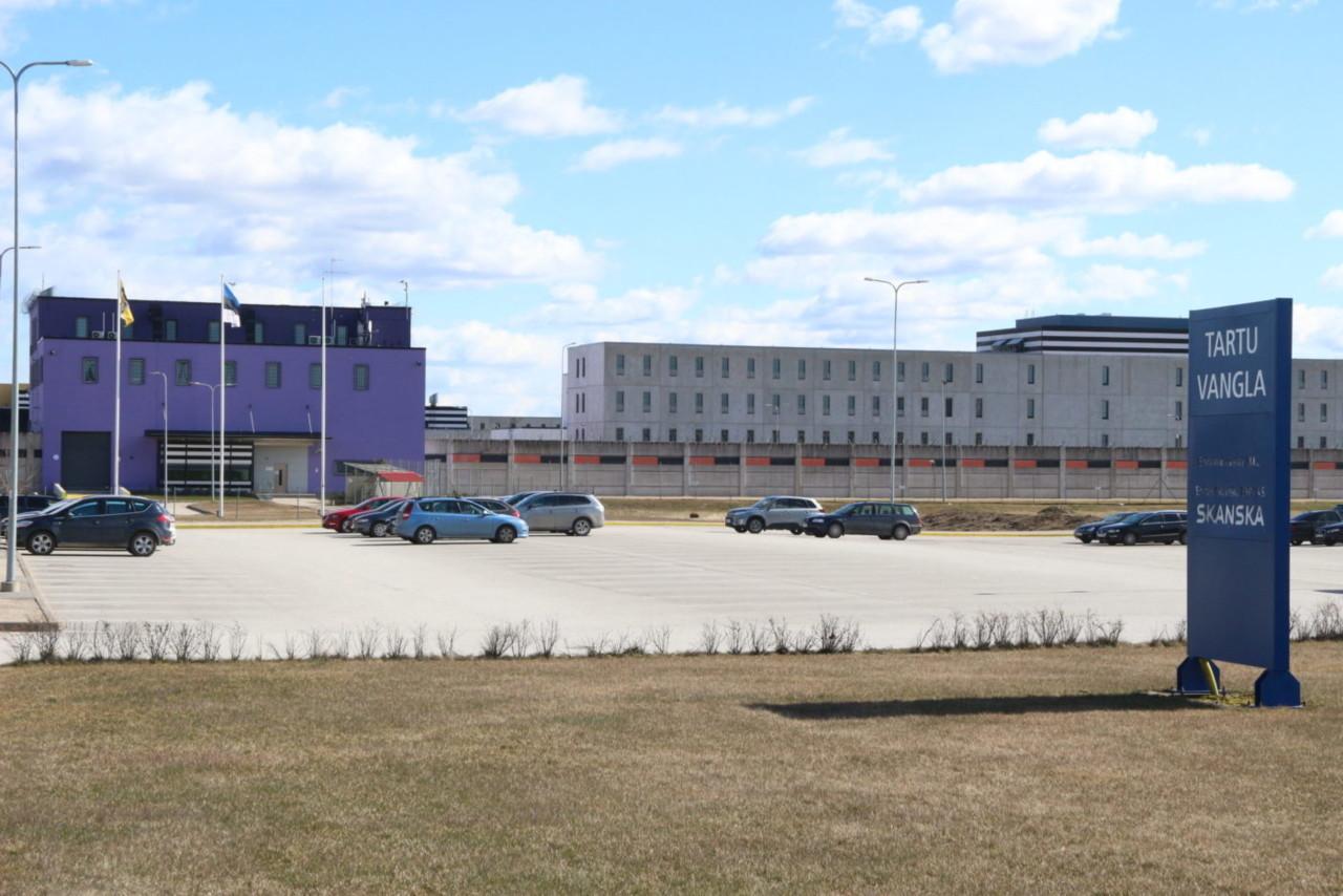 Tartu ja Viru vangla võtavad aasta alguses üle arestimajade ülesanded