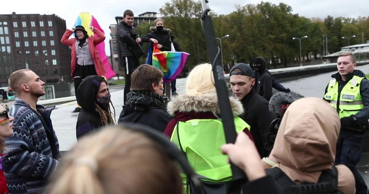 Reporter: Rüselus lesbide ja geide toetusmeeleavaldusel