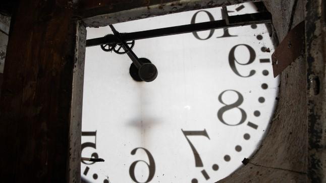 Kas jäämegi kella keerama? Suveajast loobumine toppab igal rindel