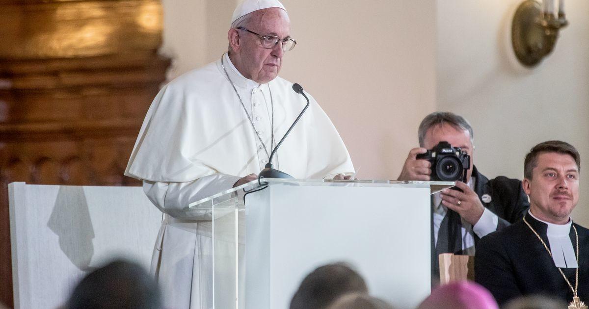 Paavst kaitseb geipaaride tsiviilpartnerlust