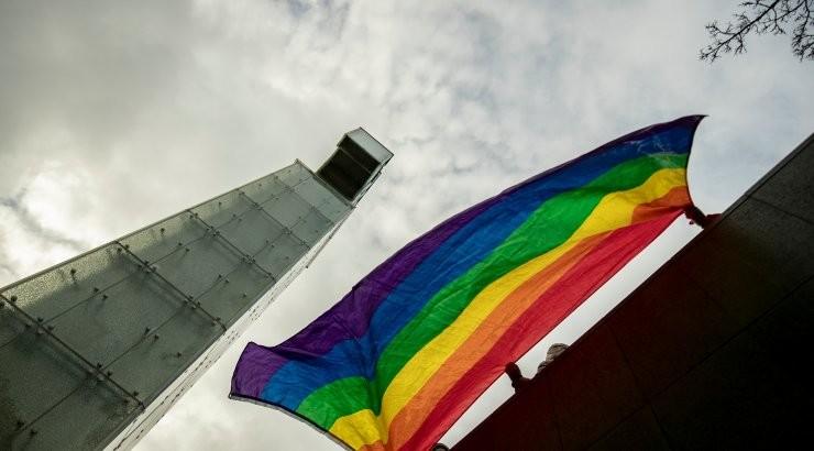 Rohkem kui 14 000 eestlast nõuavad samasoolistele paaridele abieluõigust