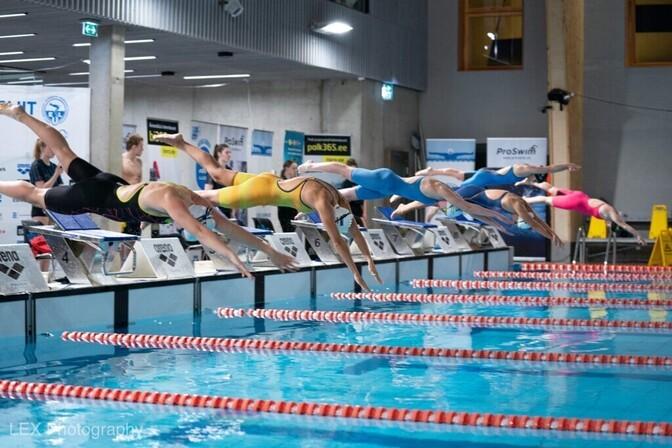 Kalevi Ujumiskooli võistkond püstitas Eesti juunioride rekordi