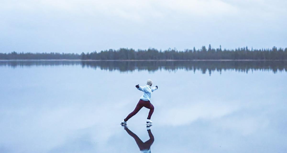 Piltilus video Lapimaalt – nagu uisutaks vee peal