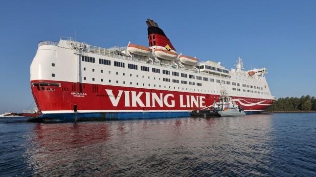 VIDEO | Viking Line'i laev pukseeriti sadamasse