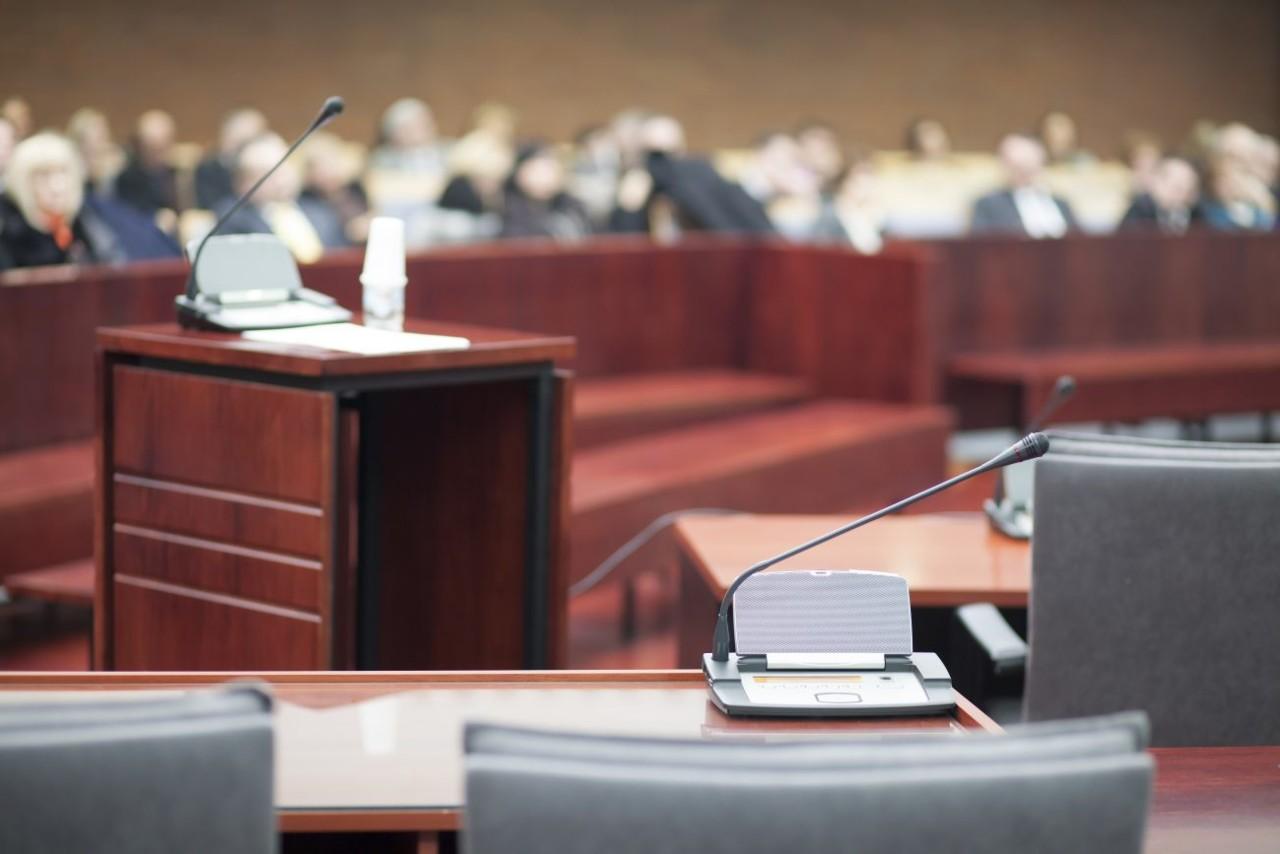 60 advokaati mõistavad hukka koroonameetmetest tulenevad põhiõiguste ja seaduste rikkumise