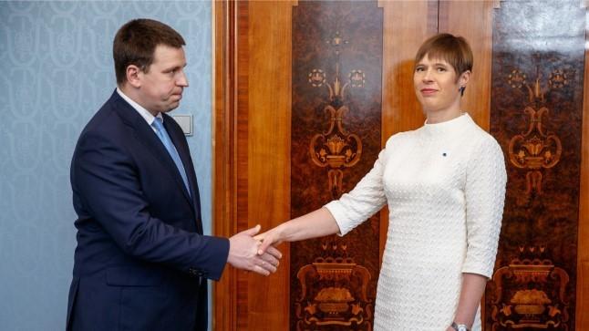 Kaljulaidile aitab põhiseaduskomisjoni kemplemisest: president kutsub järgmisel nädalal kõik erakonnajuhid vaibale