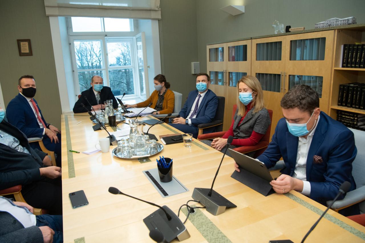 Põlluaas: Eesti suveräänsust ohustanud Reformierakonna saadikud peavad tagasi astuma