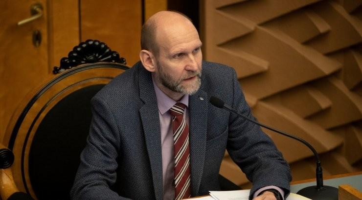 """Seeder ei mõista Kaljulaidi ettepanekut. """"Initsiatiiv on ülimalt kummaline ja ei annaks midagi juurde."""""""