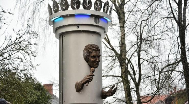 Viljandi võtab Jaak Joala vastuolulise kuju maha, ütles linnapea Madis Timpson