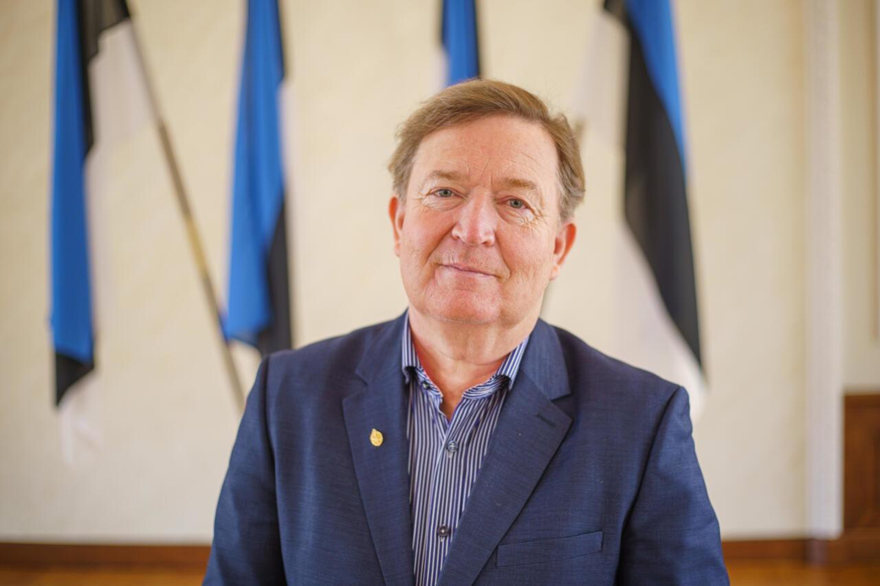 Urmas Espenberg: uue valitsuse liberaalne teerull võib ohtu seada sõnavabaduse, pereväärtused ja omariikluse