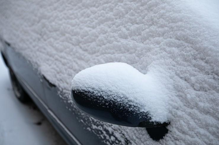 Nõmme linnaosa valitsus alustab lume väljavedu