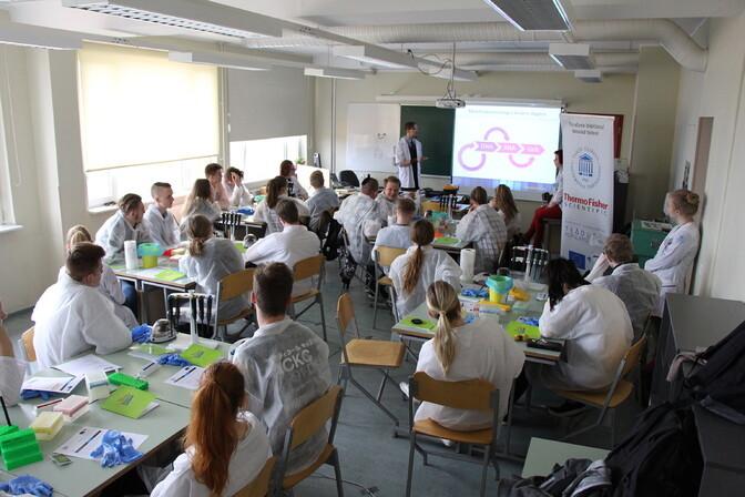 Tartus saavad kõik õpilased esmaspäeval kontaktõppele