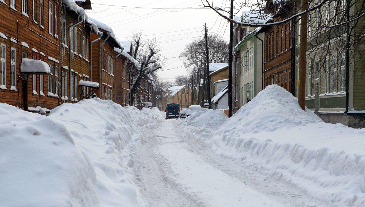 Uuring: eestlased on ainult paari nädala kaugusel, et hakata rohke lume üle vinguma