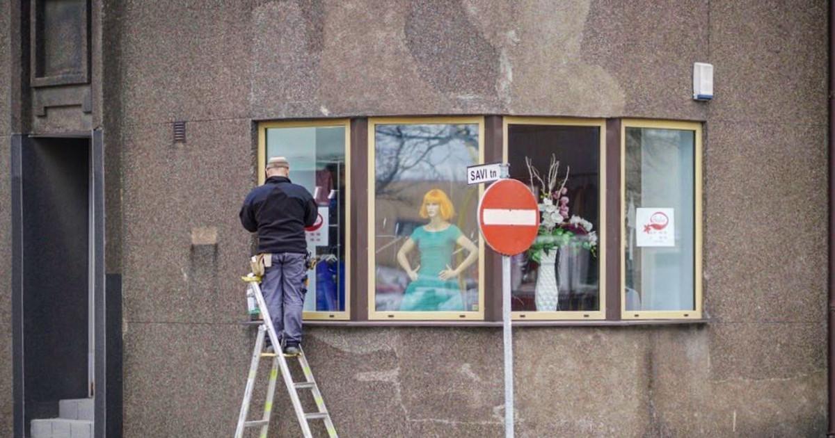 Vabaduse platsil saab reedest imetleda Viljandi tänavapilte