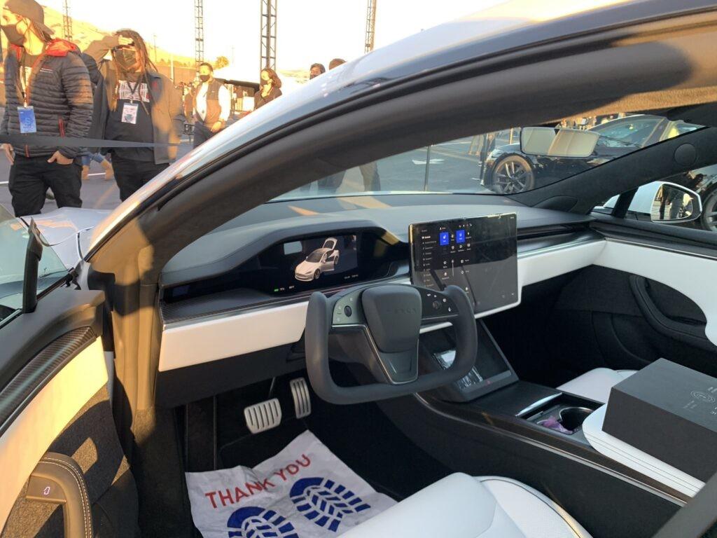 Tesla esitles Model S-i võimsaimat versiooni