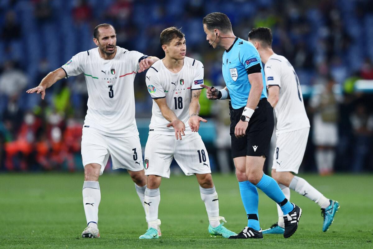 OTSEBLOGI   Jalgpalli EM: kohtumist valitsev Itaalia juhib Türgit juba kahe väravaga