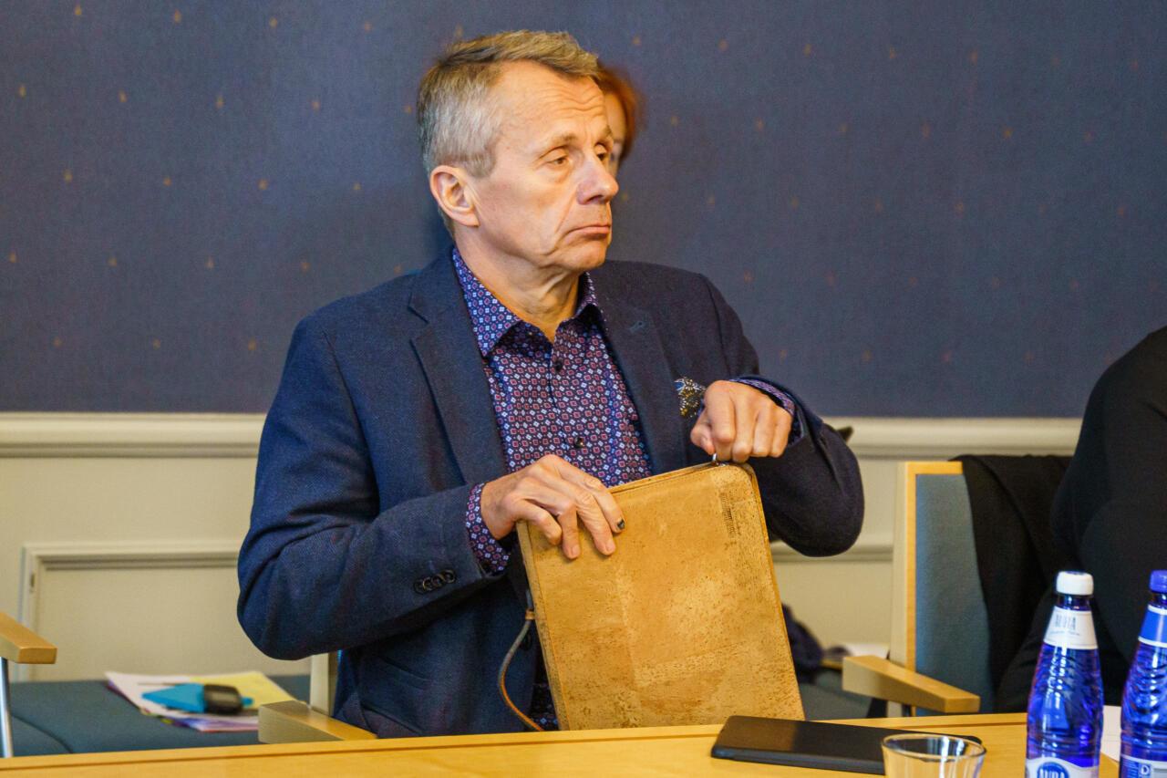 """""""Olukorrast riigis: Jürgen Ligi võiks pärast sellist käitumist Riigikogu tööst pausi teha"""