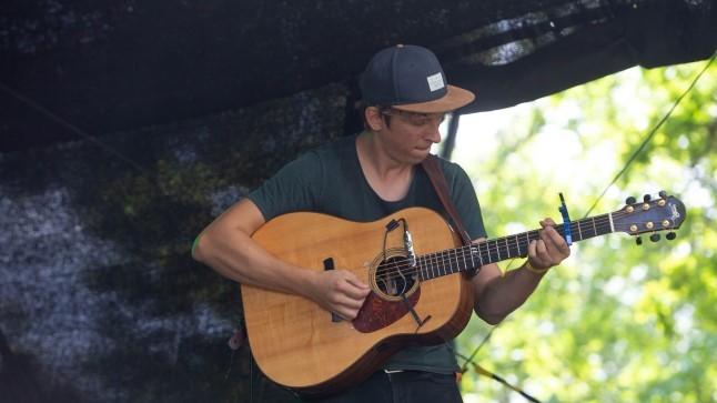GALERII | Täna algas neli päeva kestev Viljandi pärimusmuusika festival