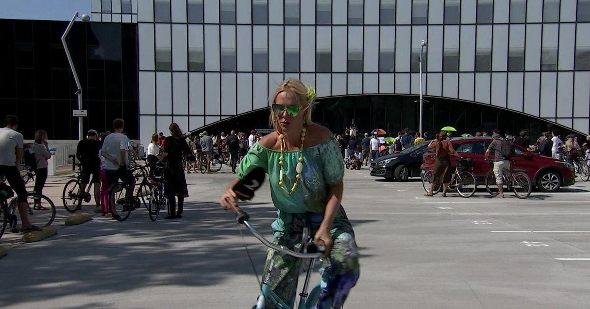 Reporter: Esmaspäevast tuleb Elroni rongides osta ka jalgrattale pilet
