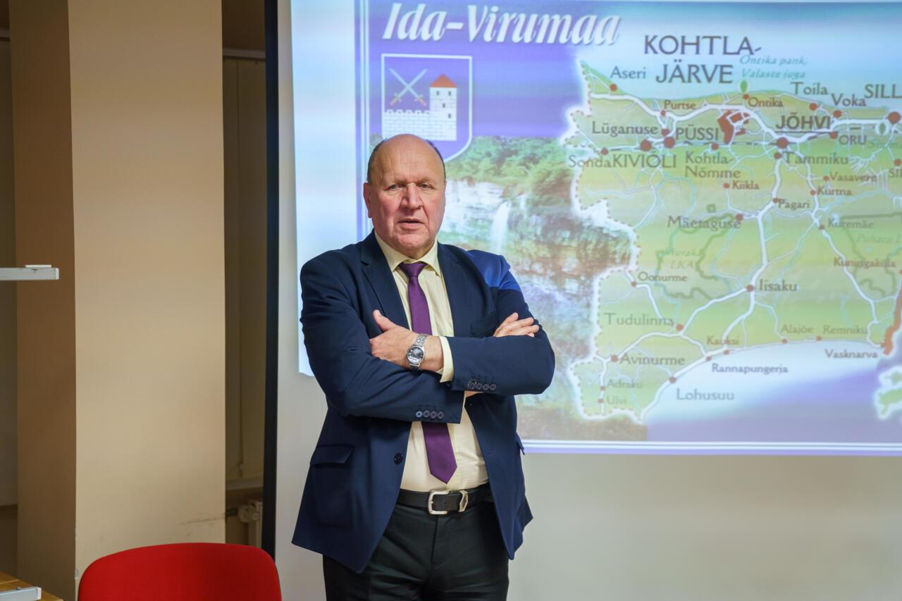 """Mart Helme vabas mikrofonis: """"Minu südamel on Eesti palju rohkem kui sellel daamil, kes siit puldist äsja lahkus"""""""
