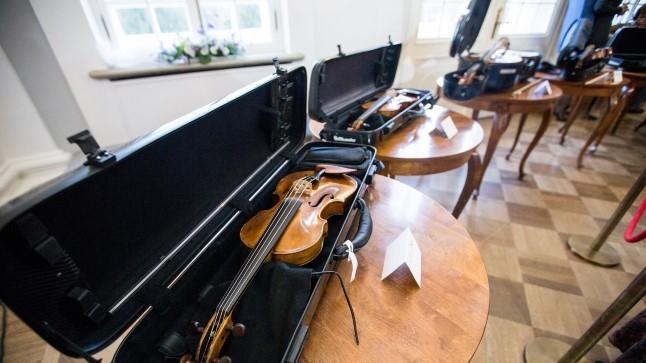 Tõnis Erilaiu lehesaba   Kuidas sajand tagasi tungiti muusikat õppima