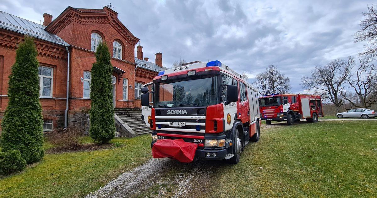 Kudina mõisas süttis tuleohutuseeskirja eiramise tõttu põrand