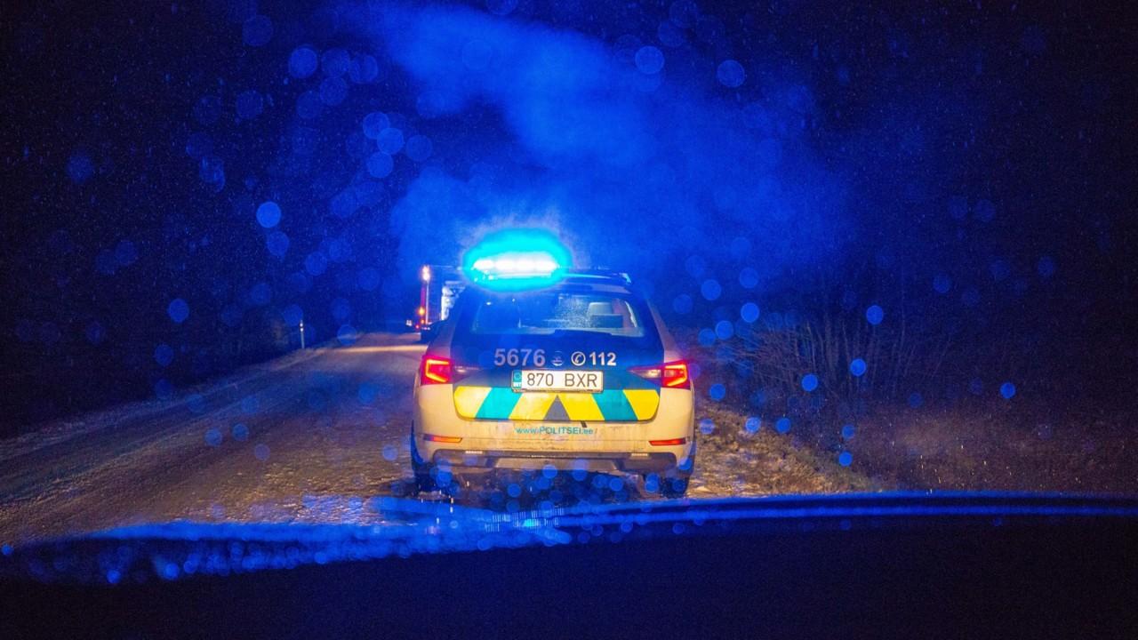 Politsei: kriminaalses joobes sõidukijuht sõitisTartumaal 245 km/h