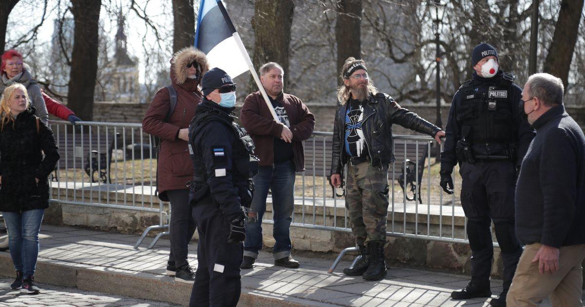 Üheteistkümnes päev Toompeal: politsei lisas täiendavaid tõkkeid