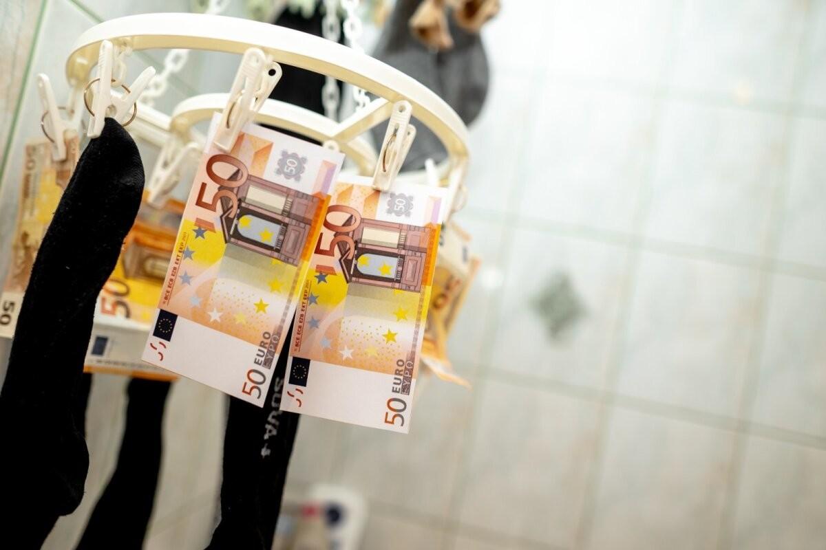 Põhjalik ülevaade. Rahapesuskeemides kasutatakse aina rohkem uusi tehnoloogilisi lahendusi