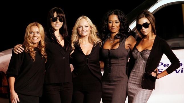 Victoria Beckham liitus viimaks ometi taas Spice Girlsiga!